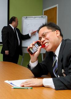 e8ba_gummy_iphone_case_meeting.jpg